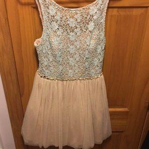 Dresses & Skirts - Pink/Blush dress